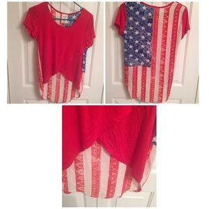 🎉Great summer shirt by Marci Med US Flag on back